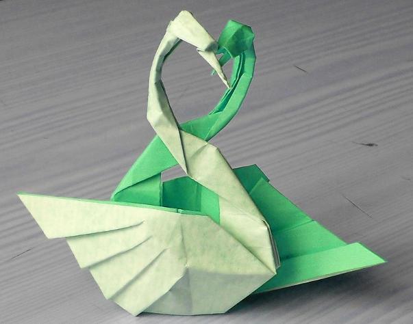 Crane Origami (difficult model) - OrigamiArt.Us | 474x603