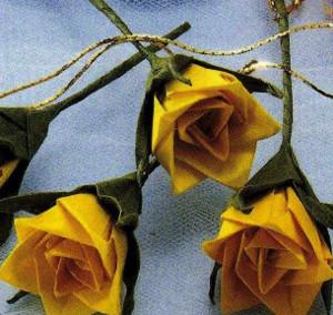 Origami Iris Flower Instructions - YouTube | 284x300